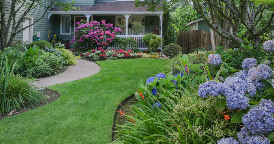 Charming Your Lawn And Garden Can Be A Source Of Pride Or Frustration   But This  Advice From Ace Hardwareu0027s Lawn And Garden Experts Will Help You Keep  Everything ... Photo